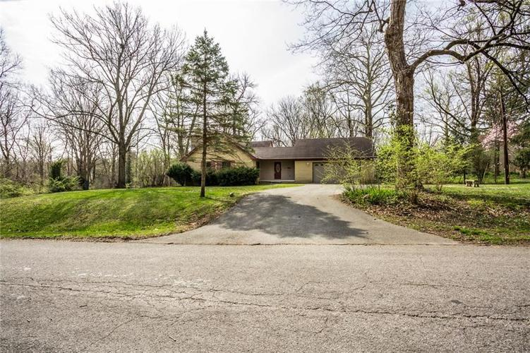 1945 Northwood Drive Indianapolis IN 46240 | MLS 21701952 | photo 6