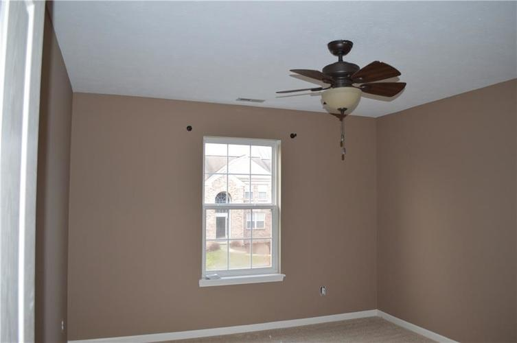 9844 Belcrest Lane Indianapolis, IN 46256 | MLS 21701957 | photo 21