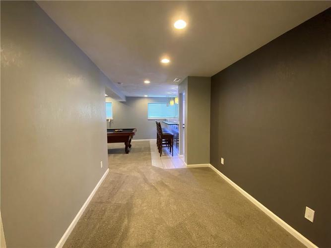 9844 Belcrest Lane Indianapolis, IN 46256 | MLS 21701957 | photo 28