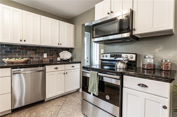 6002 Crittenden Avenue Indianapolis, IN 46220 | MLS 21701965 | photo 12