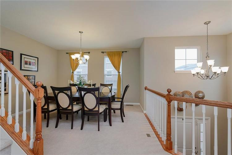 9506 Oakley Drive Indianapolis, IN 46260 | MLS 21702049 | photo 13