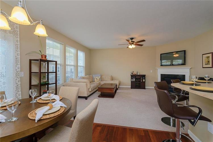 9506 Oakley Drive Indianapolis, IN 46260 | MLS 21702049 | photo 16