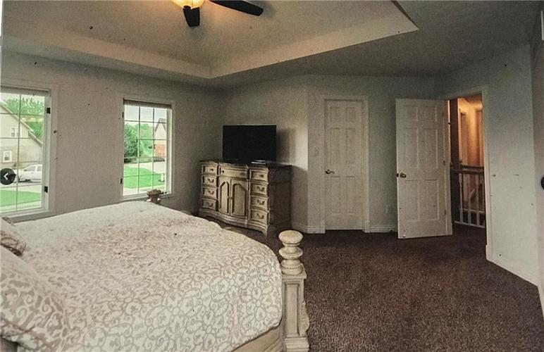 10026 Northwind Drive Indianapolis IN 46256   MLS 21702087   photo 8