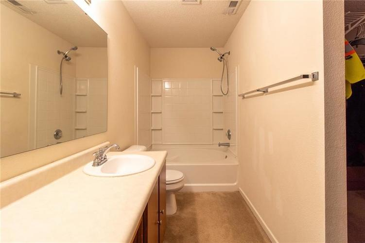 9006 Orchid Bloom Place Indianapolis, IN 46231 | MLS 21702114 | photo 10