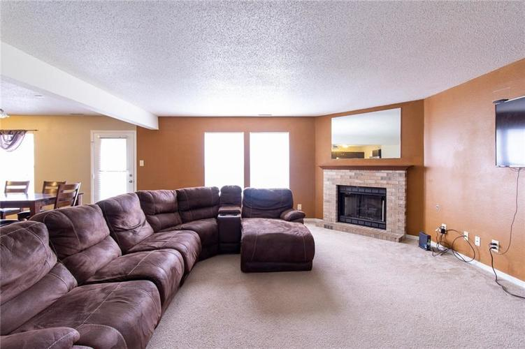 9006 Orchid Bloom Place Indianapolis, IN 46231 | MLS 21702114 | photo 6