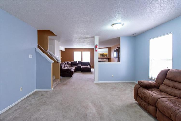 9006 Orchid Bloom Place Indianapolis, IN 46231 | MLS 21702114 | photo 8