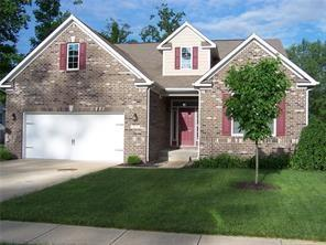677 Chestnut Drive Avon, IN 46123 | MLS 21702129 | photo 1