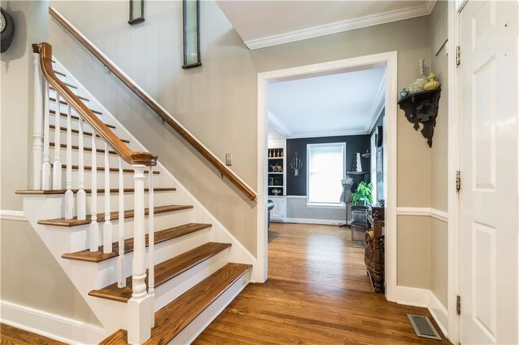 1050 E 77th Street Indianapolis IN 46240 | MLS 21702150 | photo 10