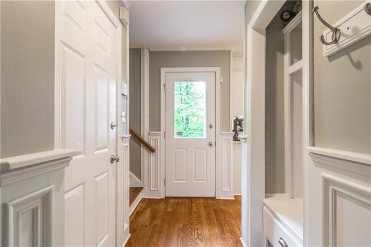1050 E 77th Street Indianapolis IN 46240 | MLS 21702150 | photo 20