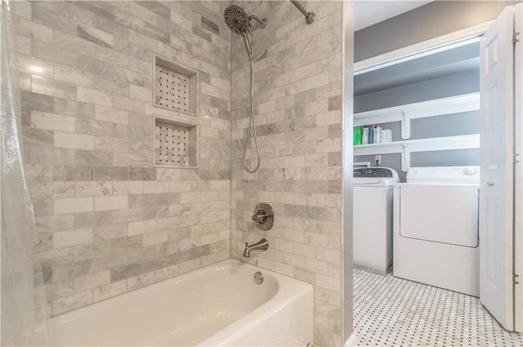 1050 E 77th Street Indianapolis IN 46240 | MLS 21702150 | photo 40