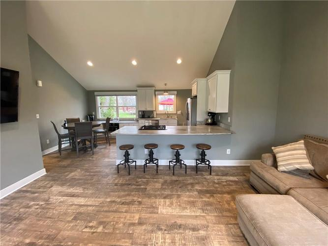 11942 Trolley Road Indianapolis, IN 46236 | MLS 21702166 | photo 10