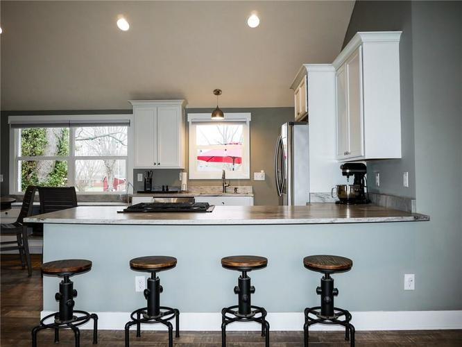 11942 Trolley Road Indianapolis, IN 46236 | MLS 21702166 | photo 11