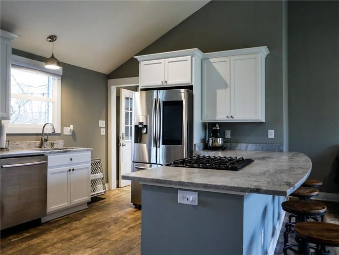 11942 Trolley Road Indianapolis, IN 46236 | MLS 21702166 | photo 12