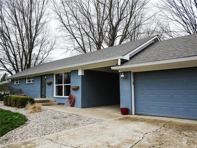 11942 Trolley Road Indianapolis, IN 46236 | MLS 21702166 | photo 2