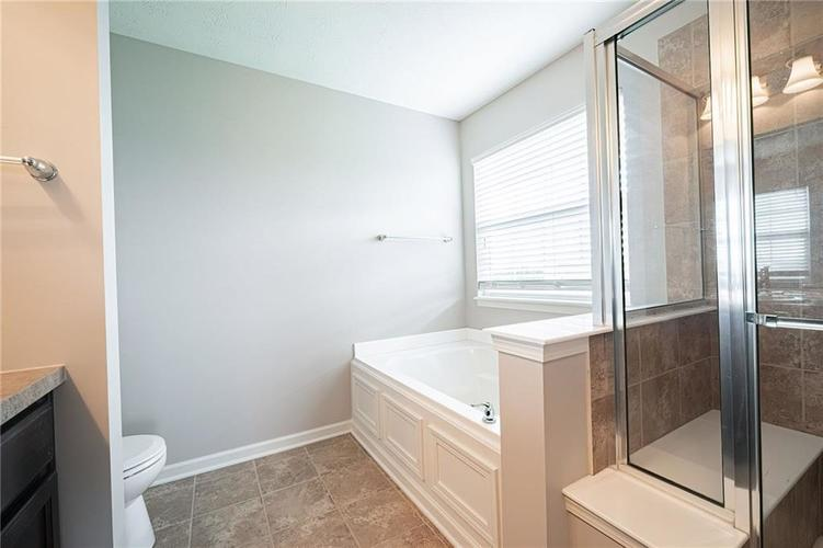 12766 ROTTERDAM Road Fishers IN 46037 | MLS 21702242 | photo 25