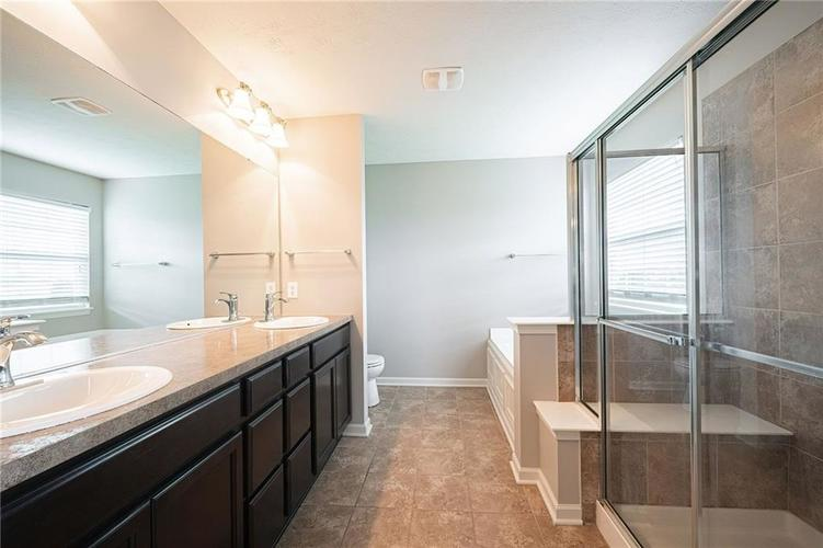 12766 ROTTERDAM Road Fishers IN 46037 | MLS 21702242 | photo 26