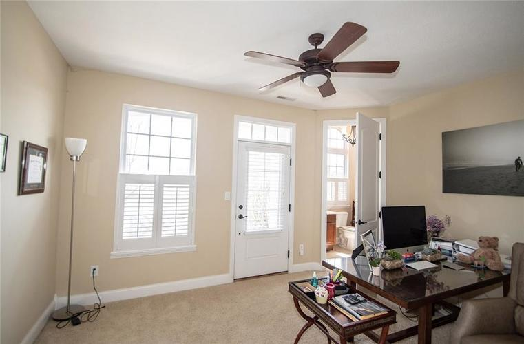 11538 Mears Drive Zionsville IN 46077 | MLS 21702250 | photo 16