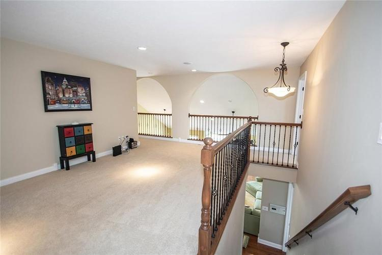 11538 Mears Drive Zionsville IN 46077 | MLS 21702250 | photo 18