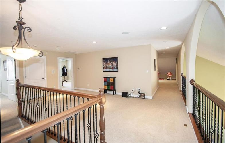 11538 Mears Drive Zionsville IN 46077 | MLS 21702250 | photo 19