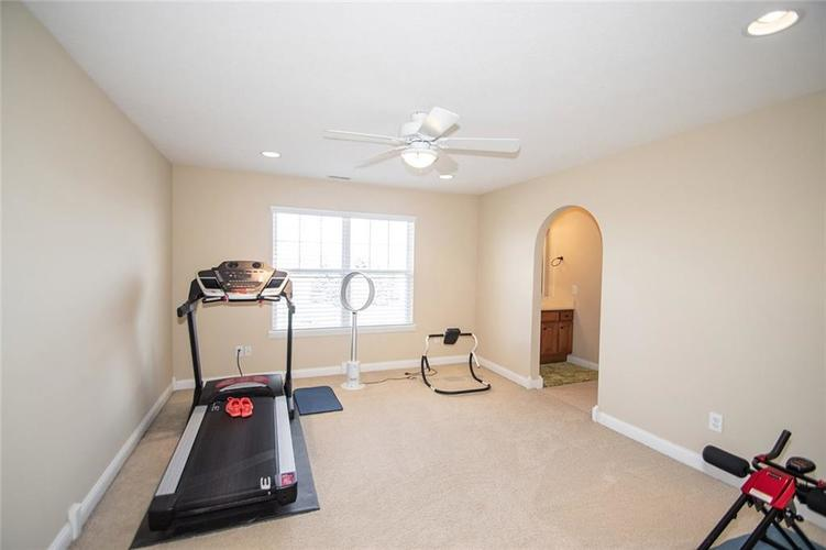 11538 Mears Drive Zionsville IN 46077 | MLS 21702250 | photo 22