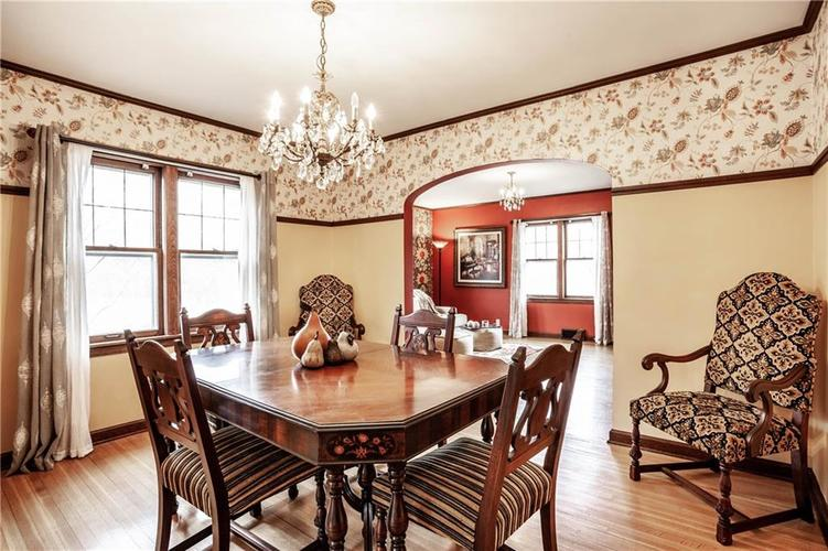 135 E Pleasant Run Parkway South Drive Indianapolis, IN 46225 | MLS 21702251 | photo 12