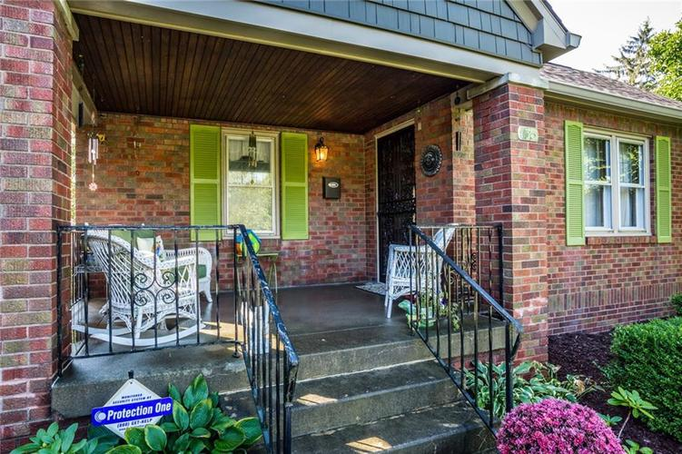135 E Pleasant Run Parkway South Drive Indianapolis, IN 46225 | MLS 21702251 | photo 4