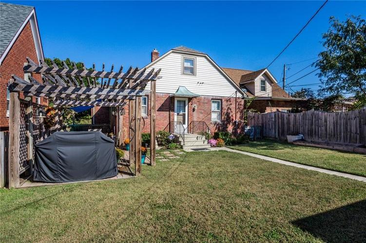 135 E Pleasant Run Parkway South Drive Indianapolis, IN 46225 | MLS 21702251 | photo 45