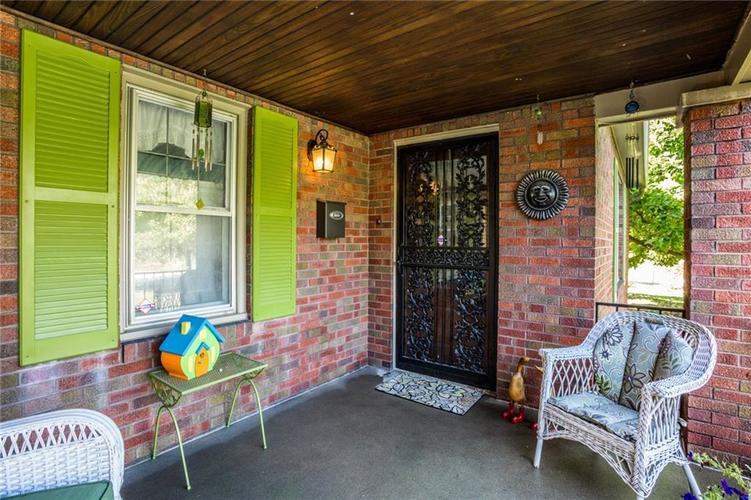 135 E Pleasant Run Parkway South Drive Indianapolis, IN 46225 | MLS 21702251 | photo 6