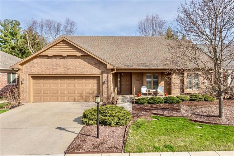 4720 Oxford Place Carmel IN 46033 | MLS 21702368 | photo 1