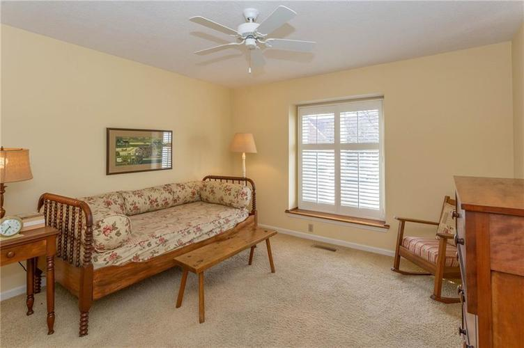 4720 Oxford Place Carmel IN 46033 | MLS 21702368 | photo 16
