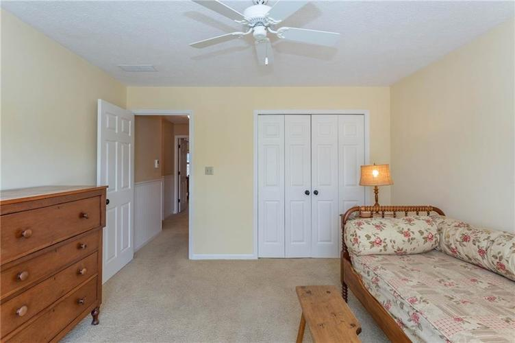 4720 Oxford Place Carmel IN 46033 | MLS 21702368 | photo 17