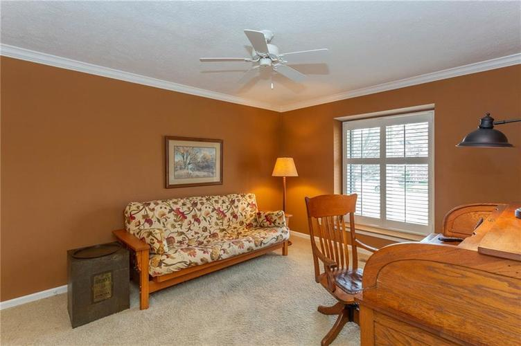 4720 Oxford Place Carmel IN 46033 | MLS 21702368 | photo 19