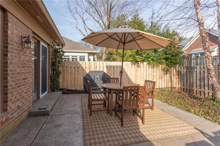 4720 Oxford Place Carmel IN 46033 | MLS 21702368 | photo 23