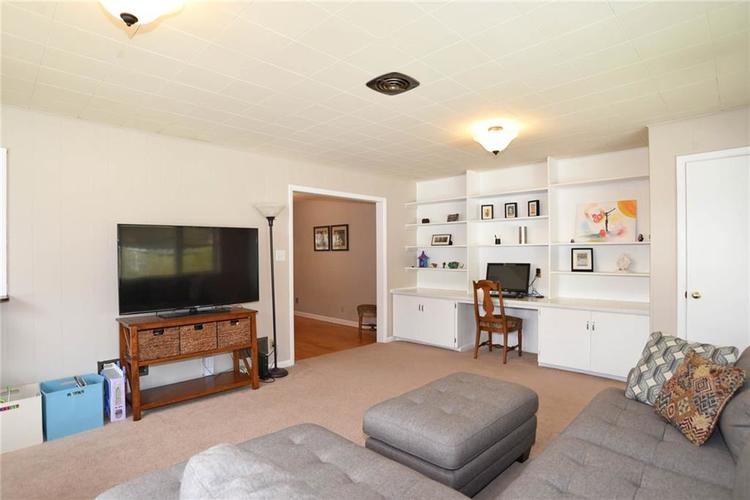 6006 N Dearborn Street Indianapolis IN 46220 | MLS 21702390 | photo 13