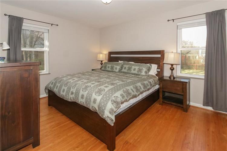 6006 N Dearborn Street Indianapolis IN 46220 | MLS 21702390 | photo 14