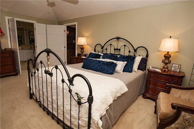 7375 Oakland Hills Court Indianapolis IN 46236 | MLS 21702402 | photo 25