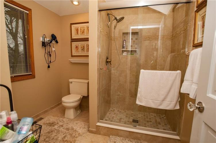 7375 Oakland Hills Court Indianapolis IN 46236 | MLS 21702402 | photo 29