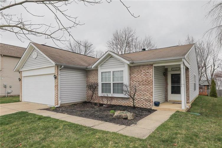 6424 Brooks Bend Boulevard Indianapolis, IN 46237 | MLS 21702411 | photo 3