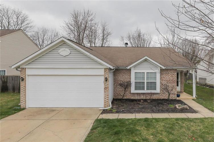 6424 Brooks Bend Boulevard Indianapolis, IN 46237 | MLS 21702411 | photo 4