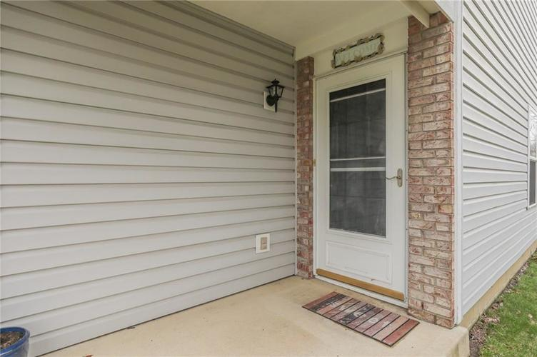 6424 Brooks Bend Boulevard Indianapolis, IN 46237 | MLS 21702411 | photo 5