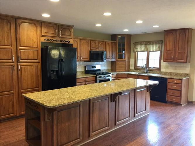6 SPOTTED OWL Drive Brownsburg IN 46112   MLS 21702434   photo 4