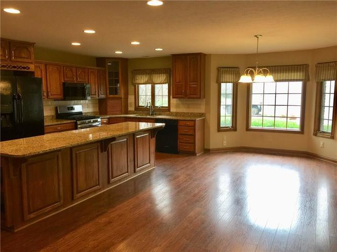 6 SPOTTED OWL Drive Brownsburg IN 46112   MLS 21702434   photo 6