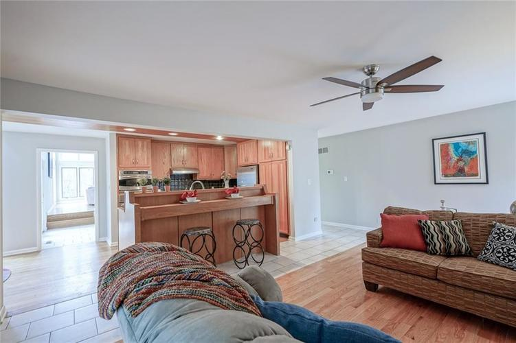7833 TRADERS COVE Lane Indianapolis IN 46254   MLS 21702443   photo 21
