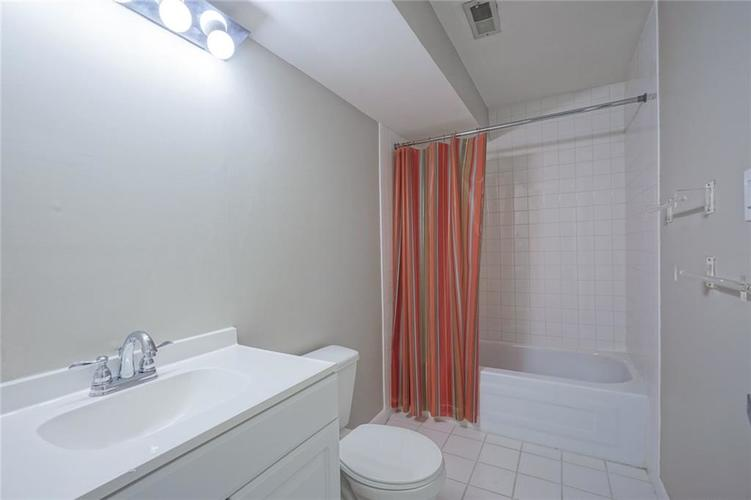 7833 TRADERS COVE Lane Indianapolis IN 46254   MLS 21702443   photo 42