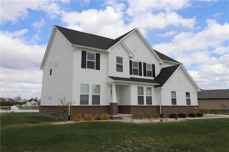 4256 Edelweiss Drive Plainfield IN 46168   MLS 21702563   photo 2