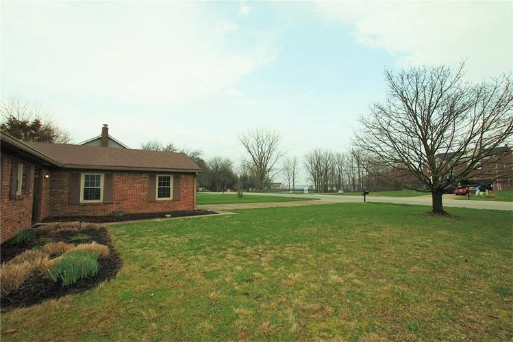 1019 S Harbour Drive Noblesville IN 46062 | MLS 21702752 | photo 30