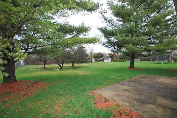 1019 S Harbour Drive Noblesville IN 46062 | MLS 21702752 | photo 6
