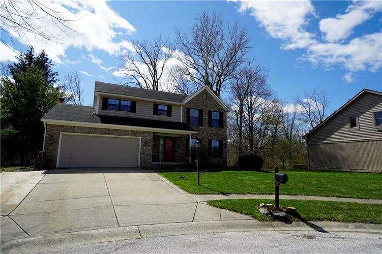 12257 Eastcreek Court Indianapolis IN 46236 | MLS 21702840 | photo 1