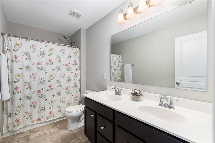 12575 Coastal Place Fishers IN 46037 | MLS 21702934 | photo 20