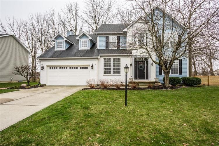 8353  Weaver Woods Place Fishers, IN 46038   MLS 21702937